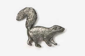 #408 - Skunk Antiqued Pewter Pin